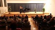Oslavy sto let republiky uzavřel koncert pořádaný v Základní umělecké škole Jaroslava Kociana v Ústí nad Orlicí.