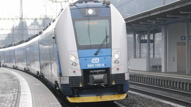 Nový vlak InterPanter v Ústí nad Orlicí.