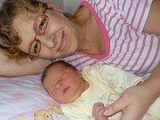 Nela Grunwaldová je po Barboře druhá holčička Petry Kučerové a Miroslava Grunwalda z Bystřece. Narodila se 21. 10. v 9.54 hodin a vážila 3690 g.
