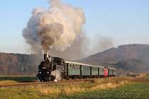 Šestkrát se postaví do čela turistického vlaku Králický Sněžník letohradská parní lokomotiva řady 423.009 s přízviskem Líza, známá z účinkování na tradičních Mikulášských jízdách.