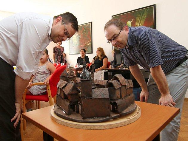 Žáci tvořili keramické centrum města.