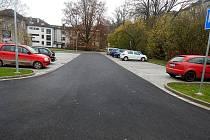Nové parkoviště u sokolovny v Žamberku.