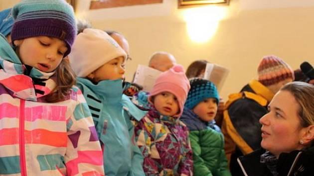 Zpívání na Mariánské hoře.