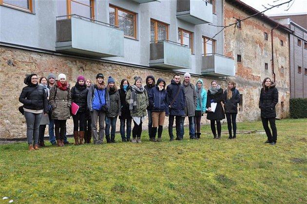 Studenti  Zahradnické fakulty Mendelovy univerzity vLanškrouně.
