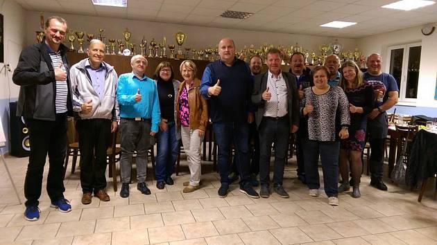 Sdružení pro Letohradsko vedené starostou Petrem Fialou dosáhlo přes padesát procent hlasů a v novém zastupitelstvu má převahu dvou mandátů.