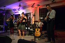 Ejhle, loutka 2017: Lakuna - koncert ve Vonwillerce