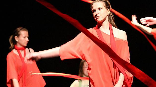 Krajská postupová přehlídka scénického tance mládeže a dospělých v Ústí nad Orlicí.