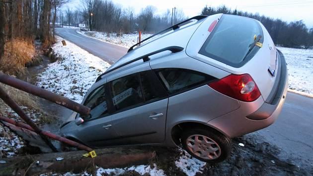 Dopravní nehoda v Dolních Boříkovicích.