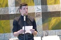 Ústecký gymnazista Petr Janota byl pozván na vyhlášení soutěže Studentská Thálie 2015.