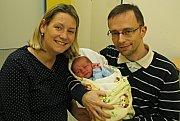 Jakub Uher těší rodiče Martinu a Miroslava z Lanškrouna. Narodil se 20. 11. v 12.14 hodin, kdy vážil 3,5 kg a měřil 50 cm.