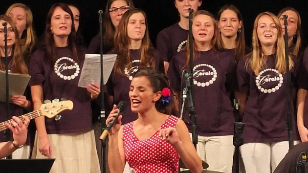 Magdaléna Urbanová na koncertu v Letohradu.