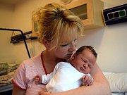 Marie Burdová rozšířila rodinu Renaty a Zdeňka z Vysokého Mýta. Narodila se 7. 12. v 9.25 hodin, kdy vážila 3,84 kg. Sourozenci se jmenují Anička a Vašík.