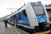 V Ústí nad Orlicí ve středu poprvé zastavil nový vlak InterPanter.