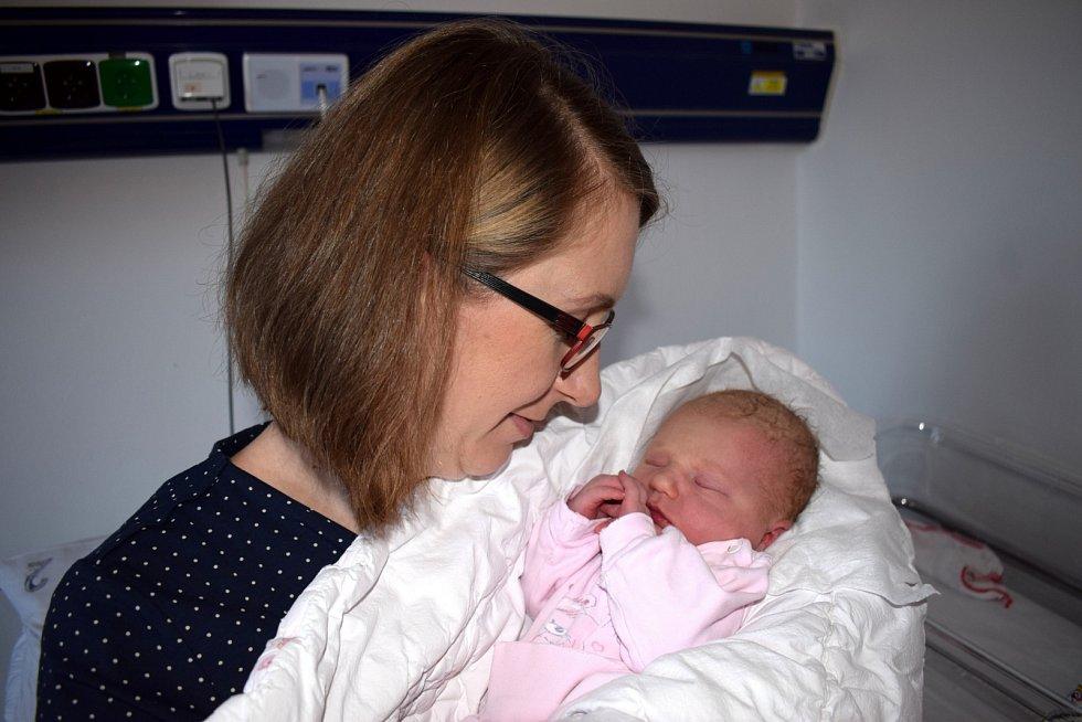 Gabriela Hordějčuková rozšířila rodinu Anežky a Václava z Ústí nad Orlicí. Narodila se 13. 12. v 1.03 hodin, kdy vážila 3,450 kg. Těší se na ni i bráška Benedikt.