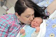 Martin Pešek, tak pojmenovali svého prvorozeného syna Veronika a Martin z Bystřece. Chlapeček se s váhou 3,830 kg narodil 18. dubna v 17.14 hodin.