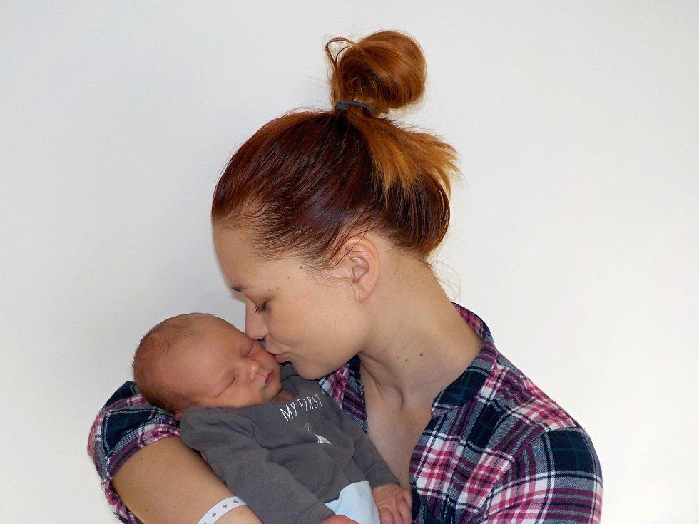 Šimon Lemmer je prvorozený syn Kamily Jiskrové a Pavla Lemmera z České Třebové. Narodil se s váhou 3520 g dne 22. 11. v 16.04 hodin.