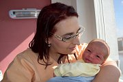 Vojtěch Horníček se narodil 14. 3. v 19.47 hodin Michaele a Davidovi z Velké Skrovnice. Chlapec měl porodní váhu 3,00 kg.