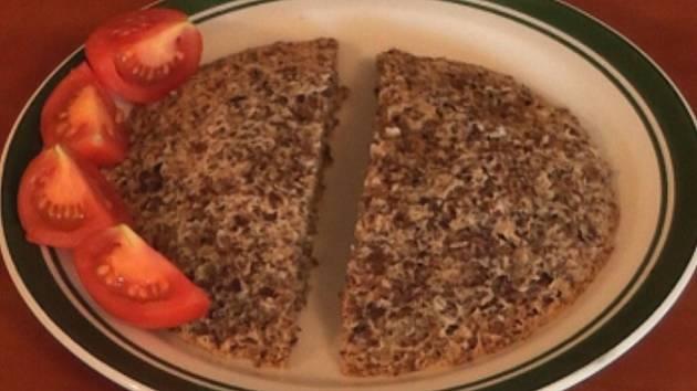 Chléb ze lněné vlákniny.