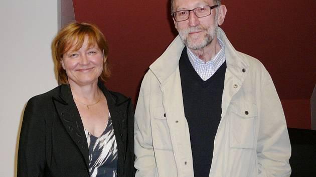 Profesor Miroslav Verner (vpravo) přijel besedovat do Králík.