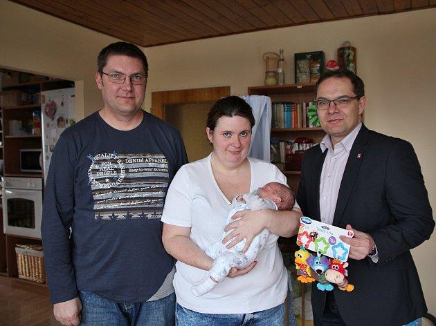 Krajský radní pro zdravotnictví Ladislav Valtr se vydal do Nekoře nedaleko Žamberka za rodinou Mikyskových.