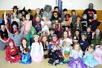 Tělocvična ZŠ Lanškroun se proměnila v karnevalový sál