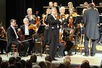 Ze zahajovacího galakoncertu Mezinárodního hudebního festivalu v Letohradu.