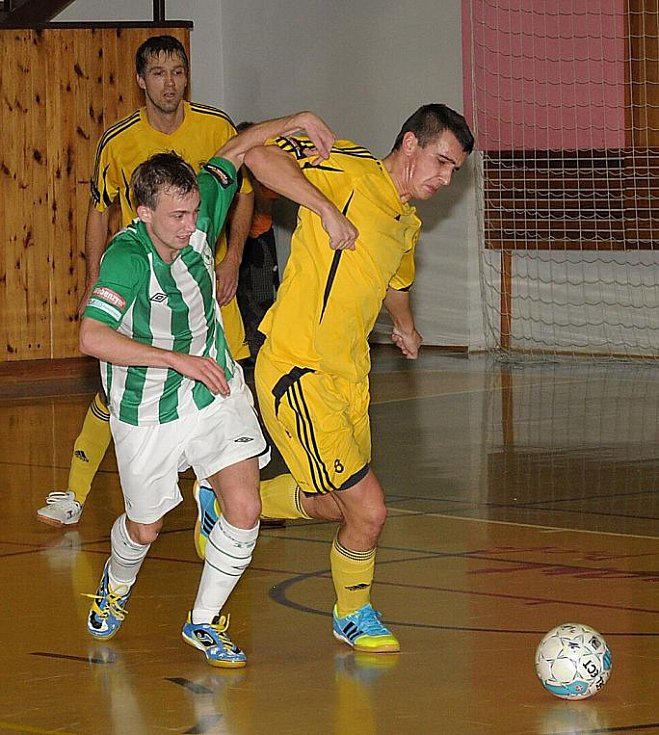 1. FC Nejzbach - Bohemians 1905 4:5 (5:4).