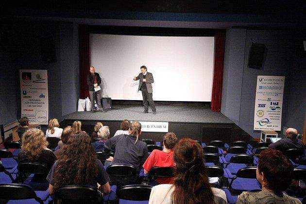 Osmý ročník třídenního festivalu dokumentárních filmů Nadotek.