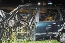 V Červeném Potoku hořel vůz.