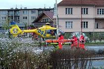 V Ústí nad Orlicí zasahoval vrtulník letecké záchranné služby.