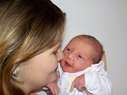 Zuzana Macháčková je po Terezce druhá holčička Jany a Víta z Dolní Čermné. Narodila se 26. 11. v 15.06 hodin a vážila 3500 g.