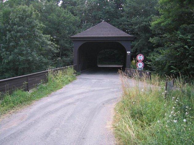 Dřevěný most Peklo.