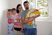 Lukáš Záluský se narodil 2. 6. v 11.11 hodin, kdy vážil 3,99 kg a měřil 53 cm. S rodiči Soňou a Lukášem a sestřičkou Ráchel bude doma v Letohradě – Kunčicích.