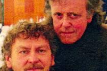 Donovan a Richard Pešek.