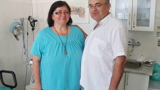Alena Šimková s doktorem Leošem Středou.