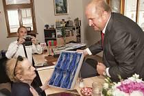 Z návštěvy Madeleine Albrightové z Letohradu.