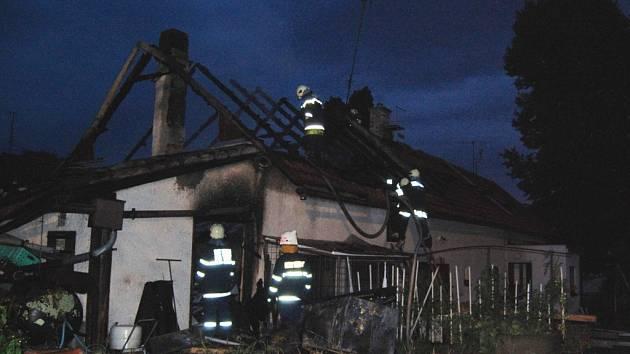 Požár truhlářské dílny v Zámrsku na Orlickoústecku.