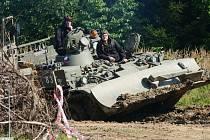 Tankový a automobilní den ve Vojenském muzeu v Králíkách.