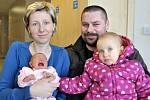 Jiří Prachař se narodil 18. února ve 12.24 manželům Lence a Tomášovi ze Srubů, kde už má sestru Kačenku. Na svět si přinesl 3,17 kg.
