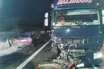 Nehoda v Ostřetíně.