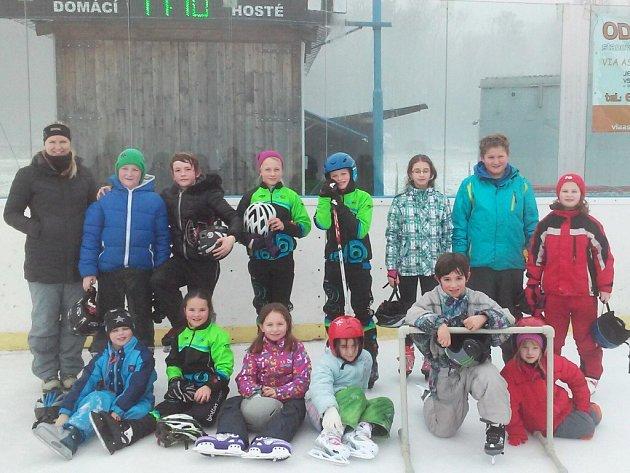 Z lyžařského a bruslařského kurzu MŠ a ZŠ Písečná.