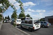 Ze zásahu policie proti fanouškům Sparty v Ústí nad Orlicí.
