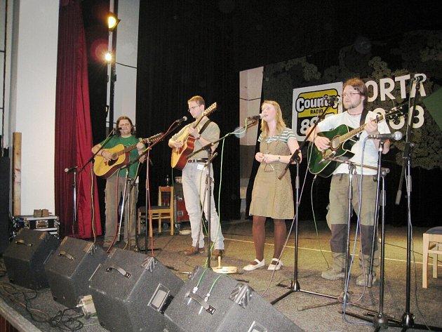 V sobotu zápolily kapely na Portě v Kostelci.