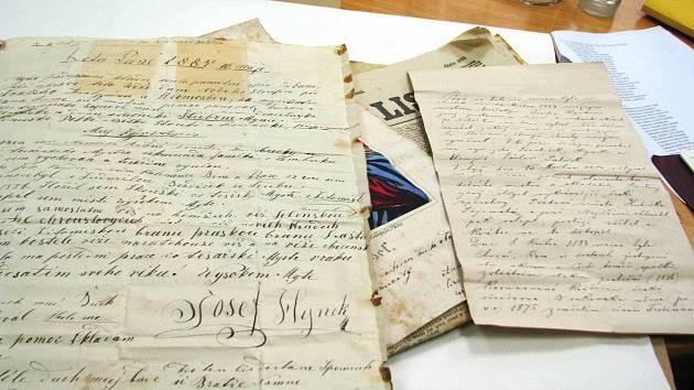 Dokumenty nalezené v Choceňské věži.