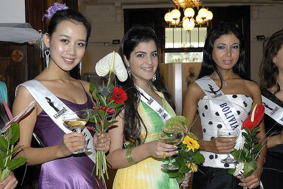 Finalistky prestižní soutěže Miss Europe & World Junior – Pricezny světa, která vyvrcholí za týden v Praze, navštívily v pátek  Ústí nad Orlicí a Region Orlicko – Třebovsko.
