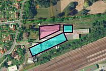 Možná podoba umístění nového obchodního centra v Chocni u zámeckého parku. Nákres:  růžové – parkoviště, modré – stavby.