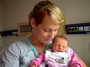 Veronika Rychtaříková rozšířila rodinu Lenky a Milana ze Zářecké Lhoty. Holčička se narodila 24. 7. ve 22.22 hodin, kdy vážila 2,69 kg. Doma se na ni těší i bráška Matěj.