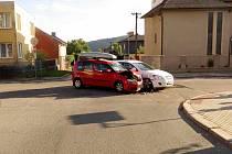 Nehoda dvou automobilů v Ústí nad Orlicí.