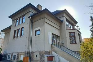 Budova Českého červeného kříže v Ústí nad Orlicí.