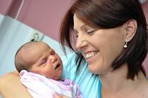 Kateřina Stejskalová těší od 5. září od 13.47 hodin rodiče Romanu a Martina z Letohradu- Orlice, kde už mají syna Šimona. Holčička vážila 4,04 kg.